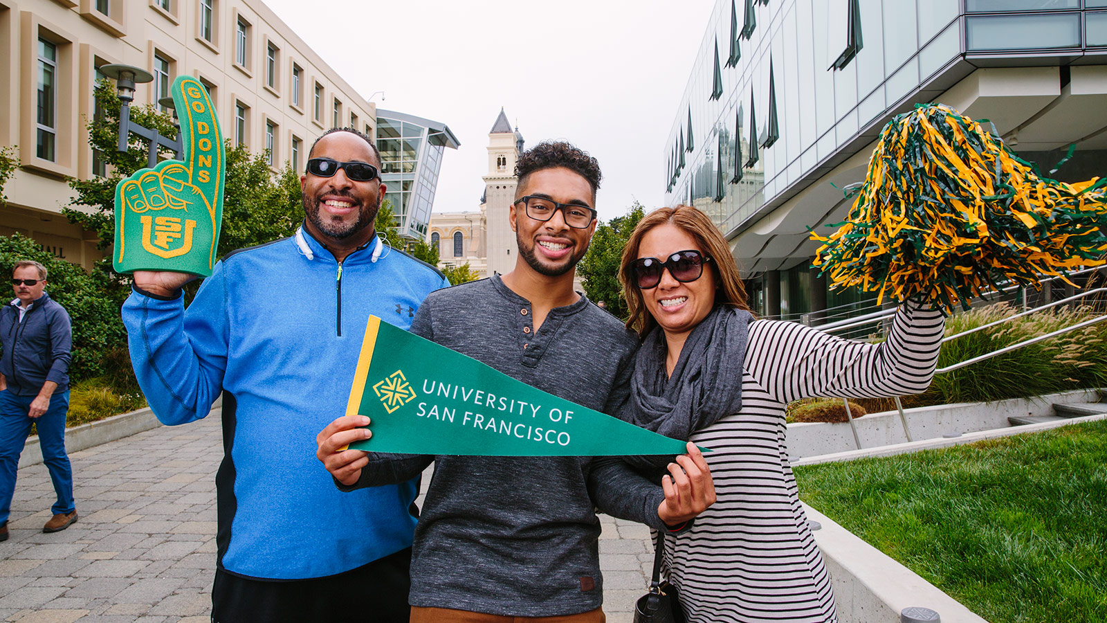 New USF student Matthew Brown poses with his family on USF's campus